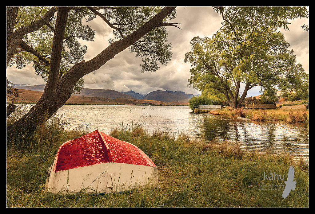 Dinghy, Lake Alexandrina  - L8