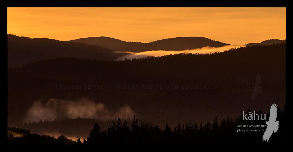 Sunrise at Kaitoke north of Upper Hutt   SS6