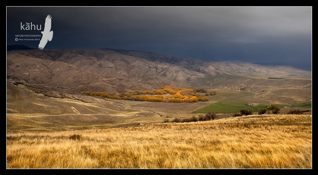 Stormy weather coming near Tarras  -  L24